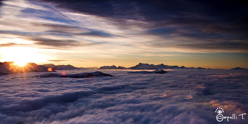 mer de nuage au lever du soleil - pic saint miche - thomascapelli.fr