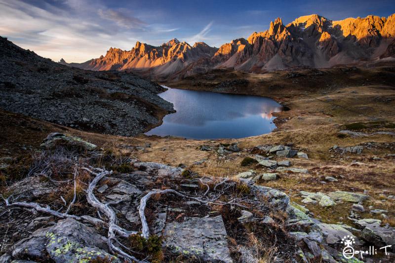 Lever du jour au lac long devant la main de Crépin - Thomas Capelli