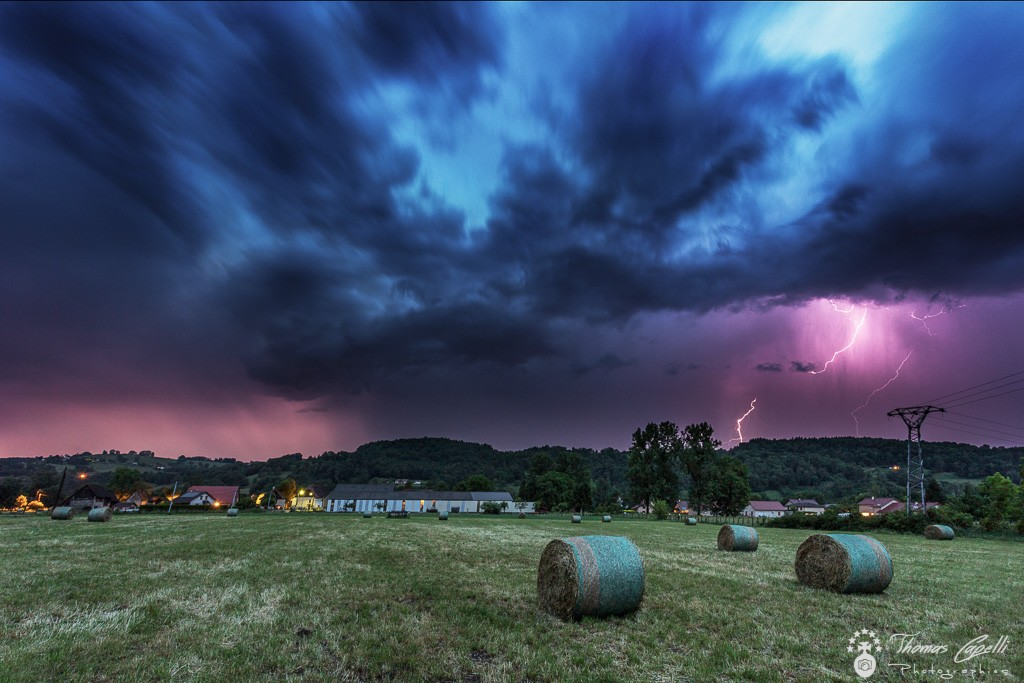 Orages sur la vallée du guiers et saint laurent du pont - Thomas Capelli