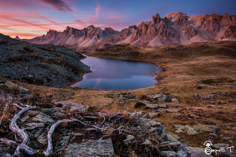 ciel rouge dans la vallée de la clarée - Thomas Capelli